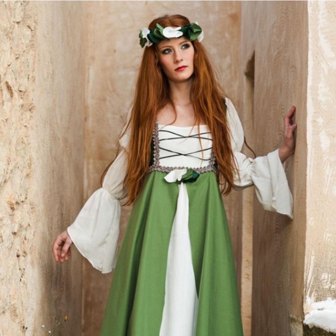 Kostüm Burgfräulein Mittelalter Kleid grün Hofdame Fasching Karneval Mottoparty