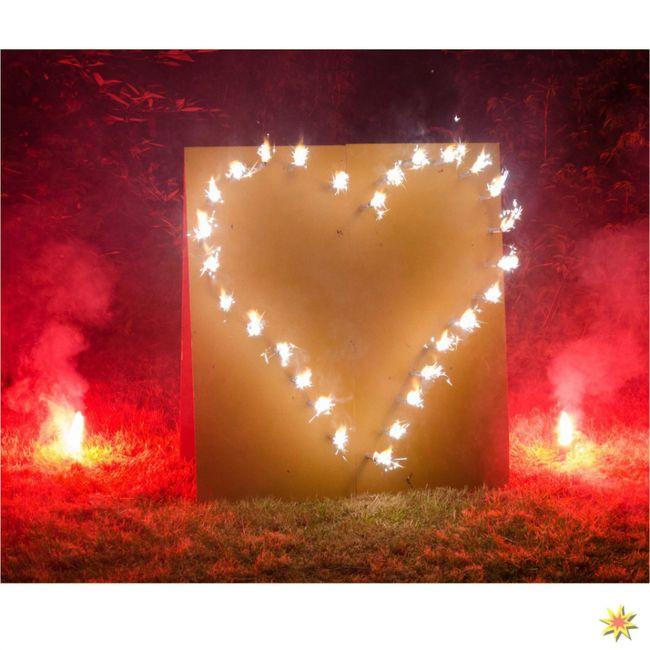 Lichterbild Brennendes Herz Bengalfeuer Feuerwerk Hochzeit
